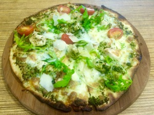 Krave_Chicken_Pesto_Pizza