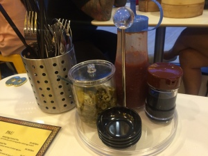 Kowloon_Express_Condiments