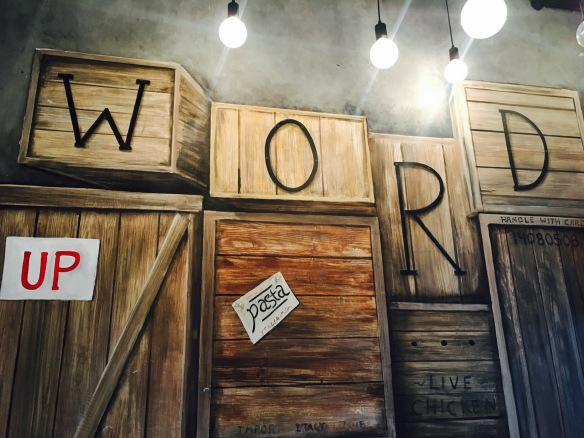 Word Café - Decor