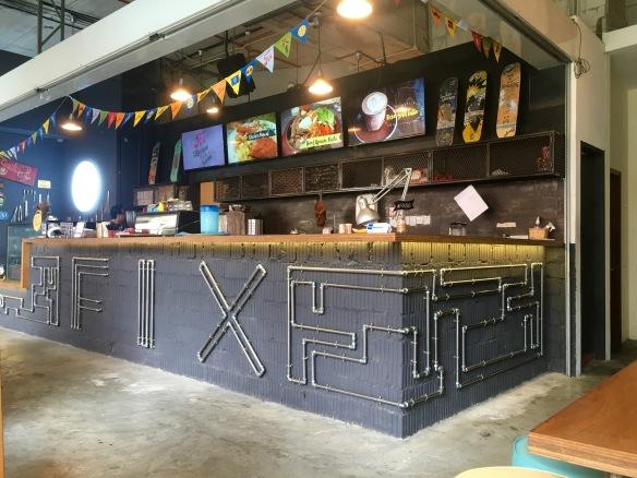 Fix Cafe - Counter Decor