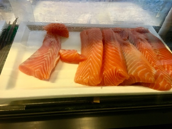 Holiday_Inn_Atrium_Salmon_Sashimi