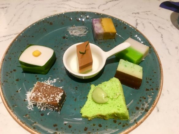Blue_Jasmine_Buffet_Cakes