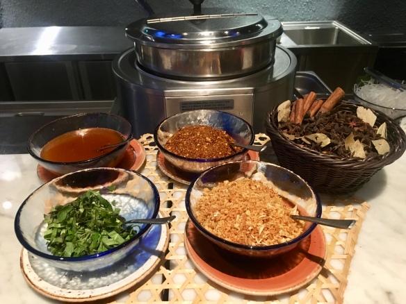 Blue_Jasmine_Buffet_Noodle_Condiments