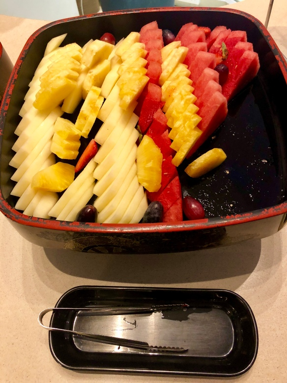 Saltwater_Cafe_Buffet_Fresh_Fruits