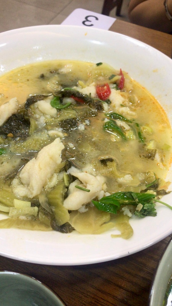 Yi_Zun_Noodle_Fish_Stew_With_Pickled_Cabbage