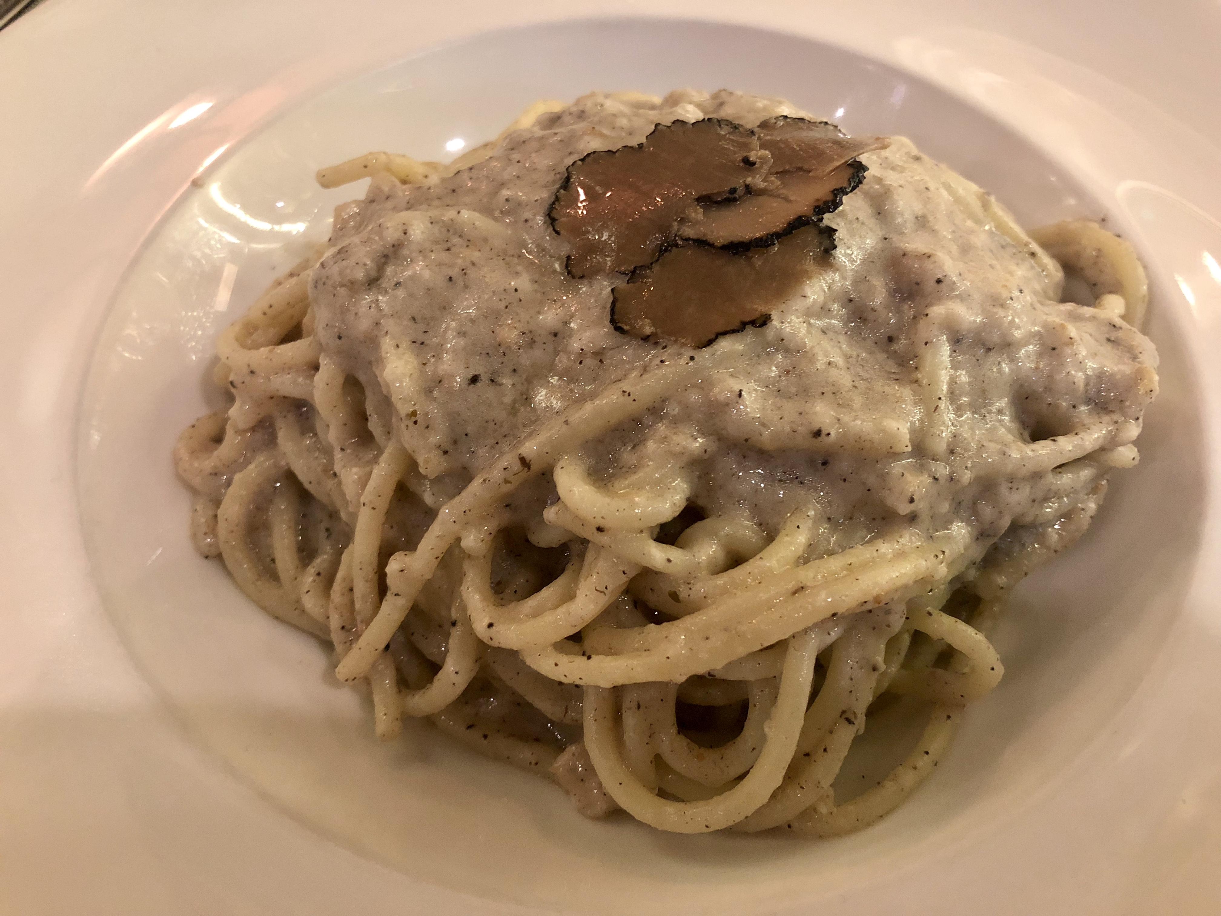 Kucina_Spaghetti_Con_Porcini_e_Parmigiano