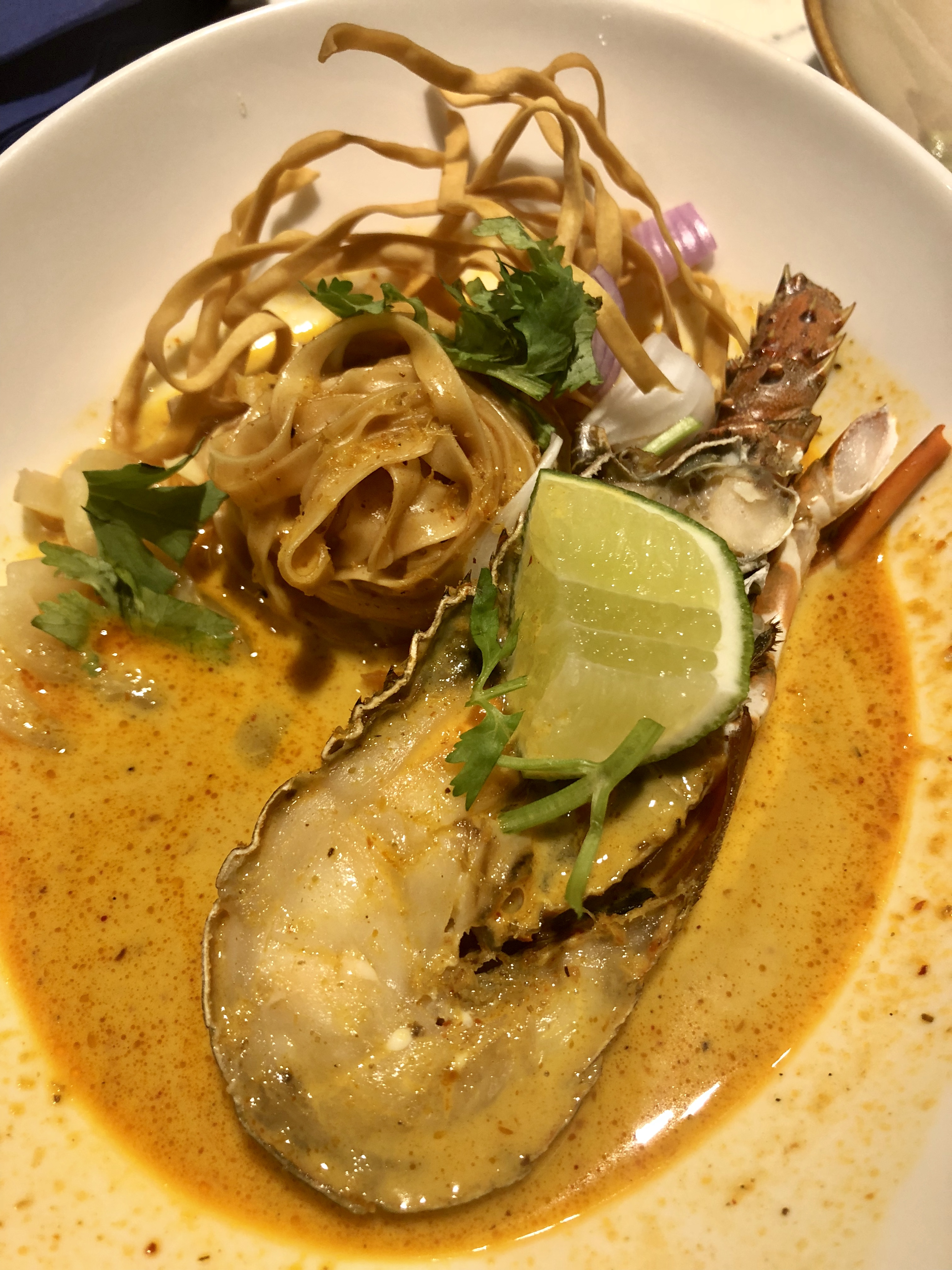 Blue_Jasmine_Lobster_Curry_Noodle